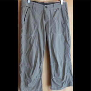 Kuhl Mountain Culture tan cropped pants size 6